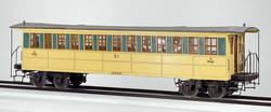 """Die Württembergischen Staatsbahnen bestellten, im Gegnsatz zu ihren Nachbarn Bayern und Baden, Personenwagen der """"Interkontinental""""-Bauart: Durchgangswagen, wie sie die Amerikaner nutzten. Der abgebildete Personenwagen ist das original Modell, das dem Kön"""